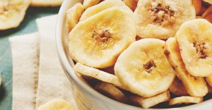 5 Ways to Dehydrate Bananas (Bonus: 4 Delicious Recipes to Use Them)