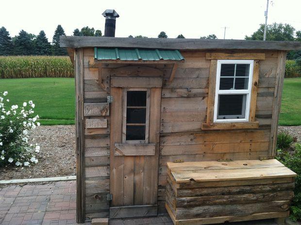 21 Inexpensive DIY Sauna and Wood-Burning Hot Tub Design Ideas