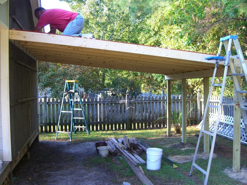 20 stylish diy carport plans that will protect your car for Lean to garage addition