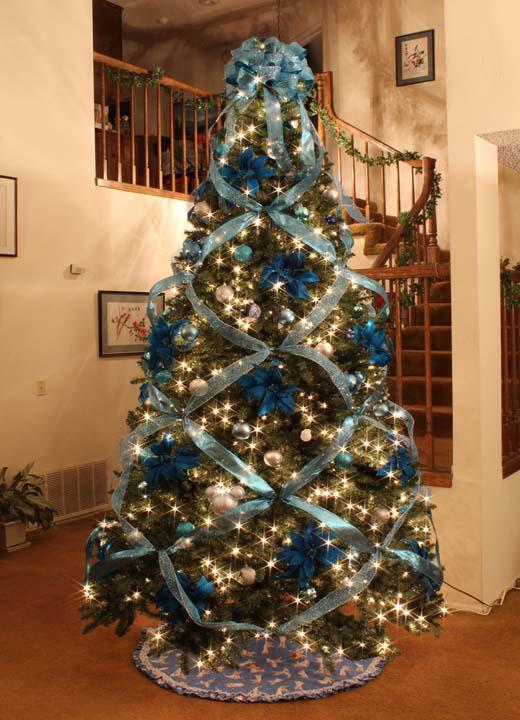 christmas-tree-ribbon-decor