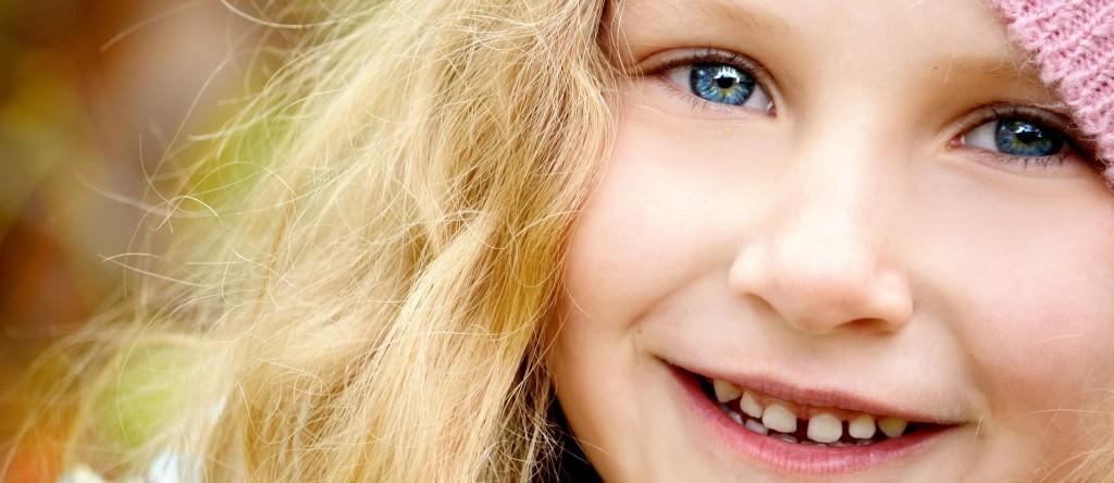 child hat smile
