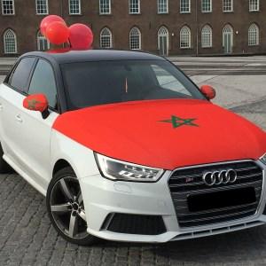 een motorkap vlag als marokaansvlag voor op de motorkap