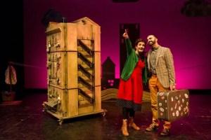 "TEATRO FAMILIAR. ""DEBAJO DEL TEJADO"" - PATA TEATRO. 25 de octubre. Teatro Oriente @ Teatro Oriente"