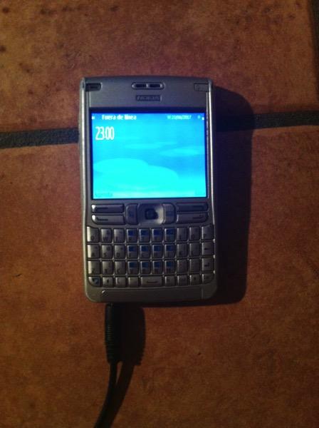 Nokia E61 - alive
