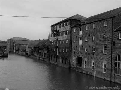 Apartments on the River, Newark