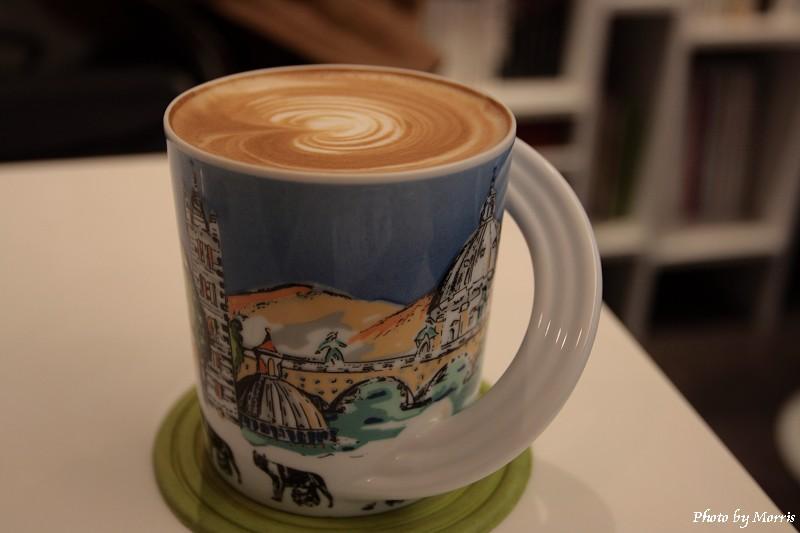 Edia Cafe (01)