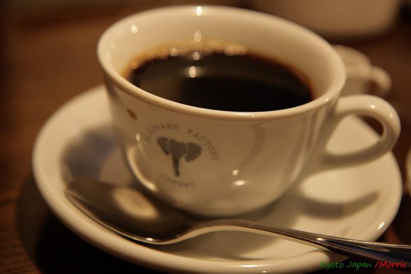 ELEPHANT FACTORY CAFE (22)