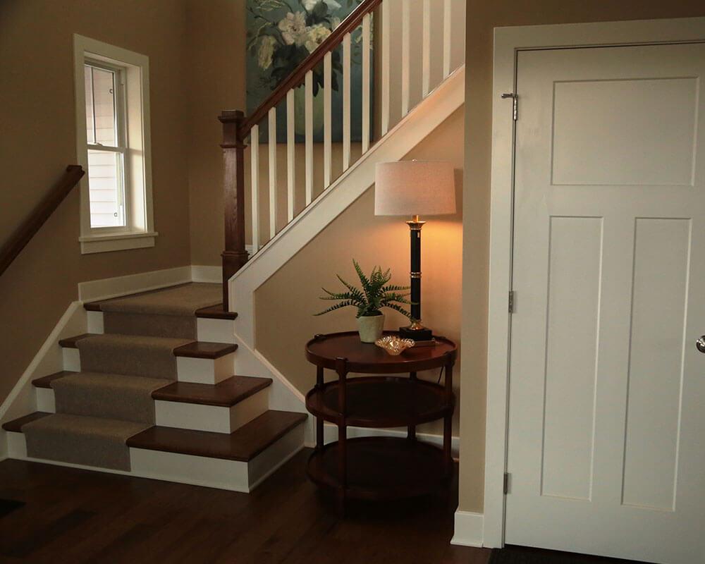 1000x800_0017_stair_craftsman_entirestair