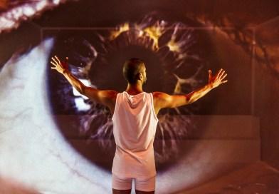 ANMELDELSE: Lav sol, Aarhus Teater