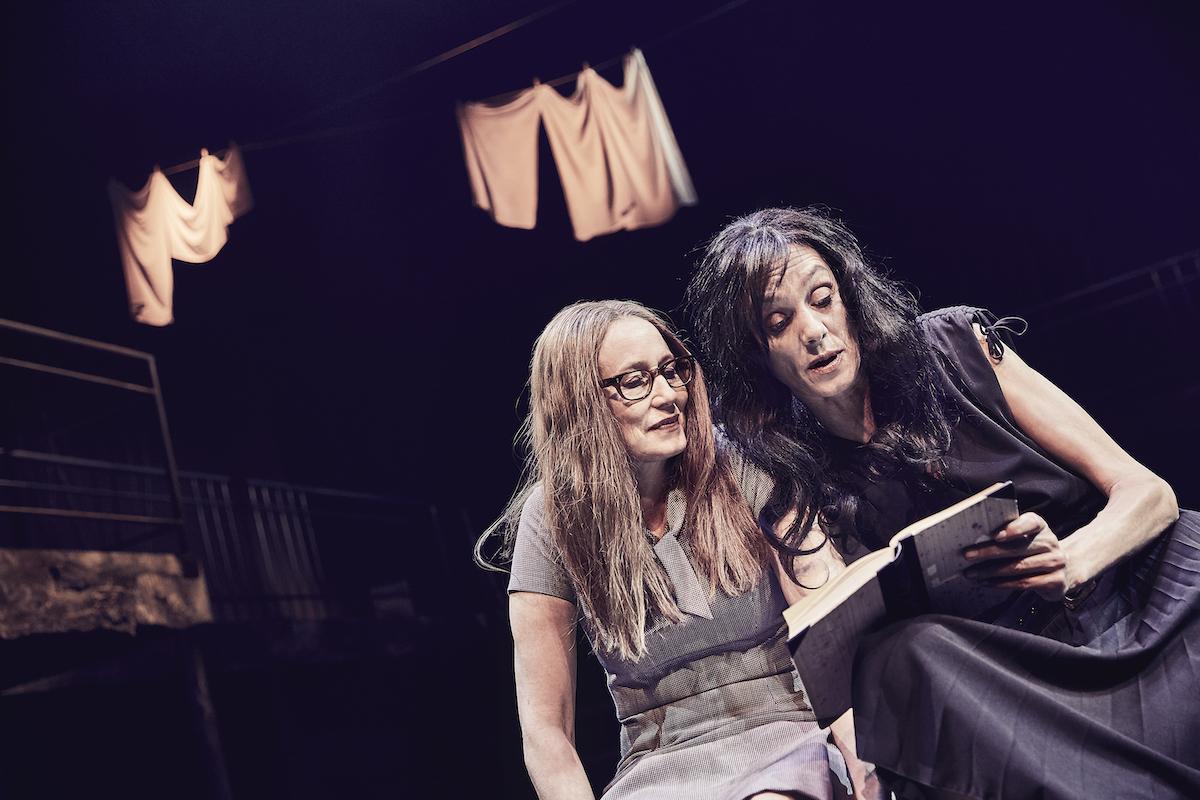 ANMELDELSE: Min geniale veninde, Odense Teater