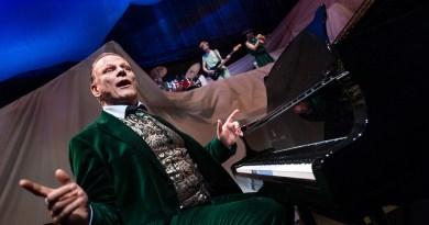Sigurd fortæller om de græske guder - Østre Gasværk Teater