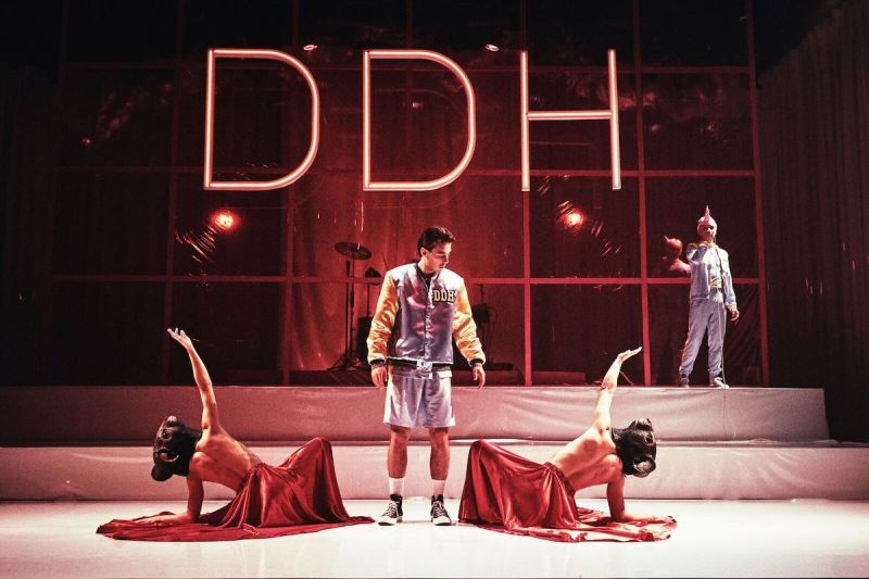 Katastrofe - Teater Momentum