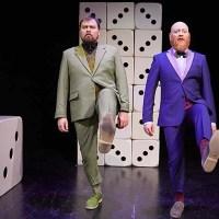 ANMELDELSE: Tre står på hovedet, Teaterhuset Filuren