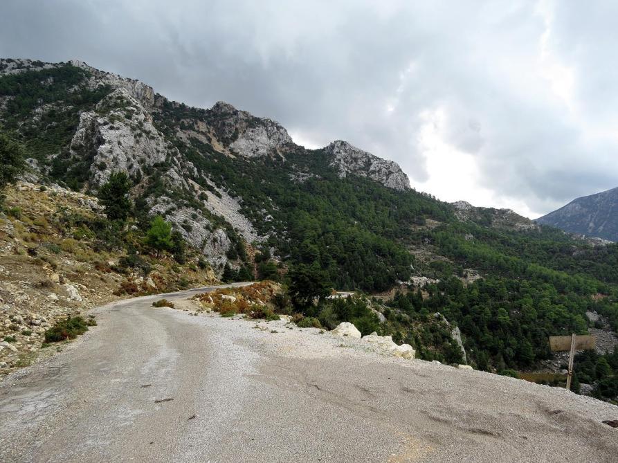 einsame Straße auf dem Lykischen Weg