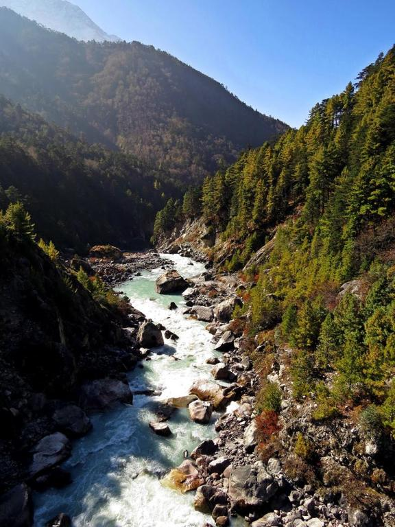 Fluss Dudh Kosi, Everest Base CampTrek