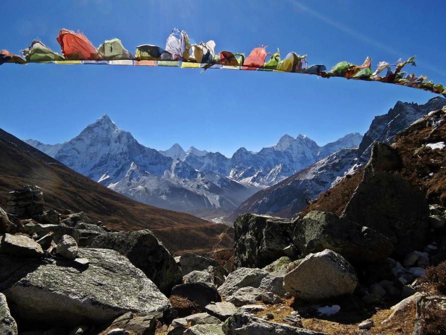 Bergpanorama hinter Dughla, Himalaja