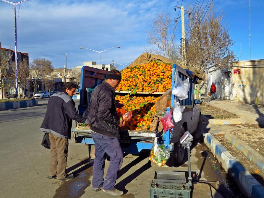 Mandarinenverkauf am Straßenrand