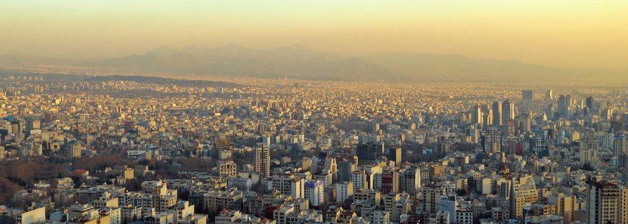 Royaler Prunk und imperialistischer Putsch in Teheran