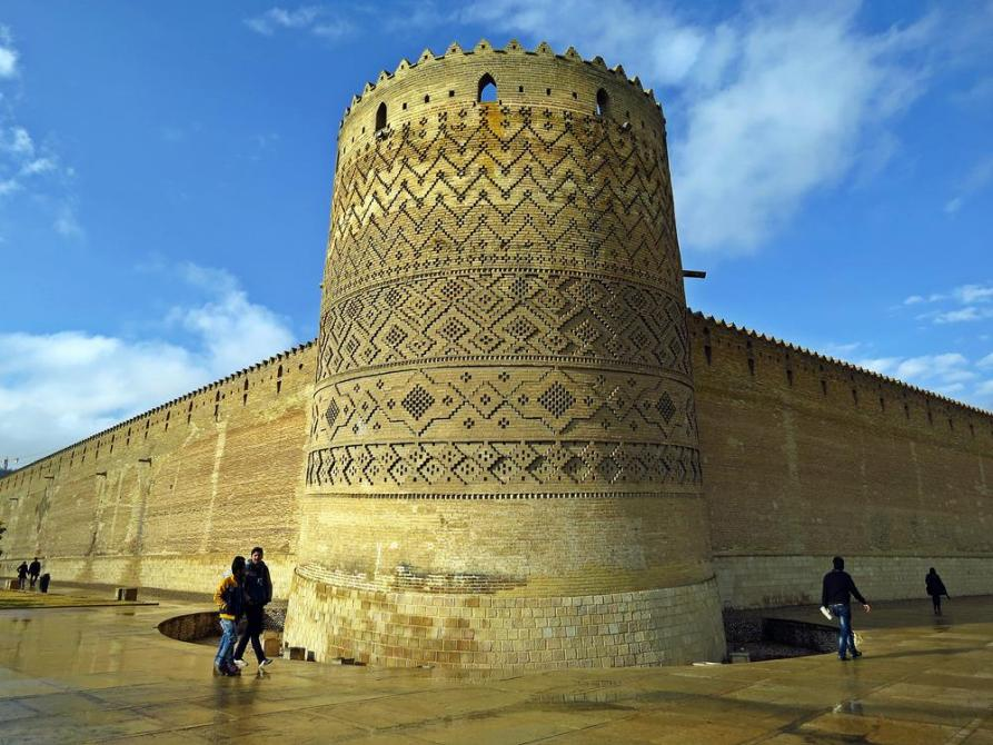 Festungsmauern der Arg-e Karim Khan