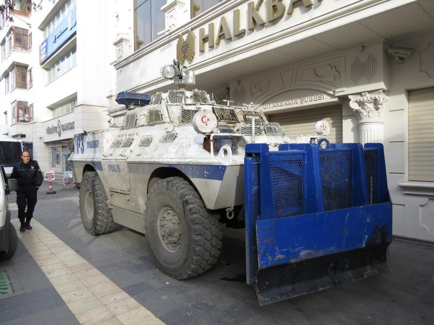 Einsatzwagen der Polizei, Diyarbakır
