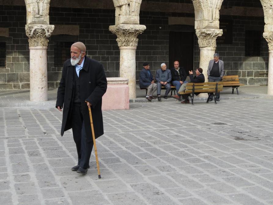 kurdische Opas in Diyarbakır