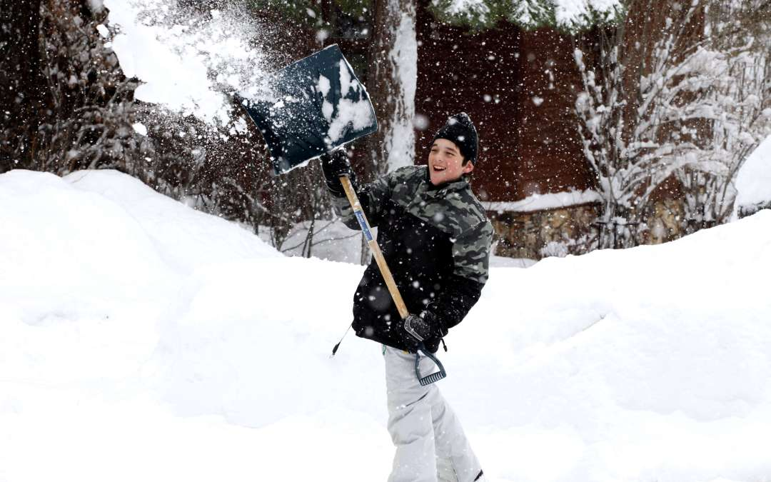 4 ways to use winter snow to help your yard this spring