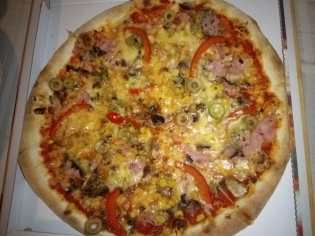 Palace kebap Oradea - Pizza Quattro stagioni-min