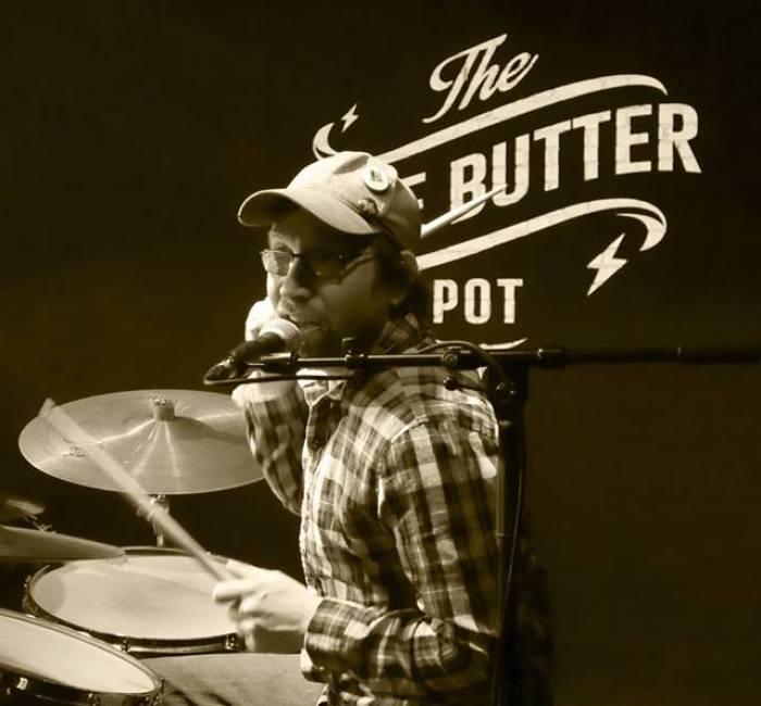 Concert mosaic The Blue Butter Pot