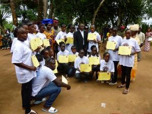 remise de diplômes aux filles et femmes en situation  difficile