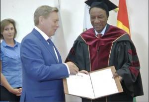 АК получает диплома