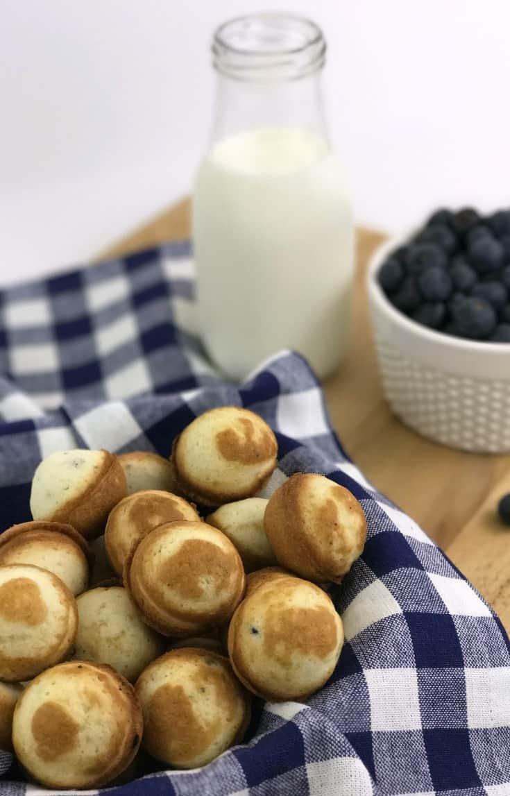 Blueberry Pancake Cake Pops