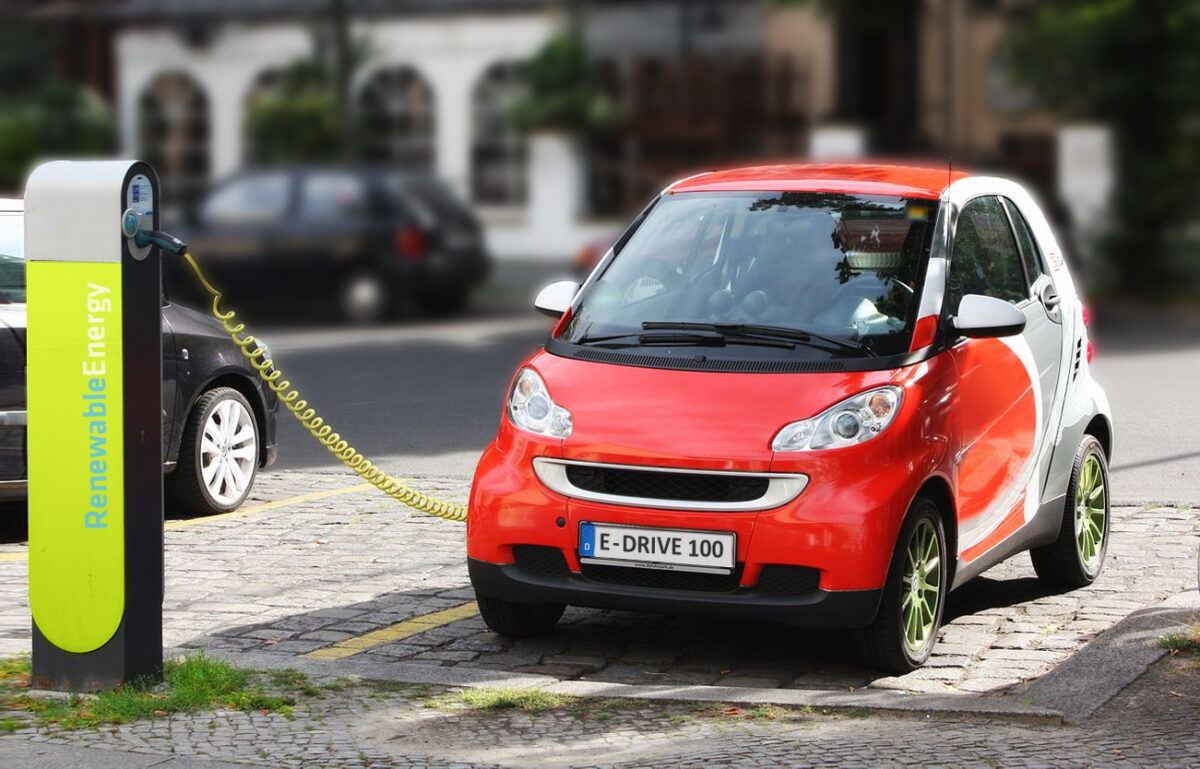 how to recharge an electric car