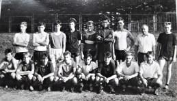1992. Juniorzy z B. Dolewskim - mistrzowie okręgu 91-92.