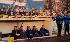 1998. Ławka rezerwowych.