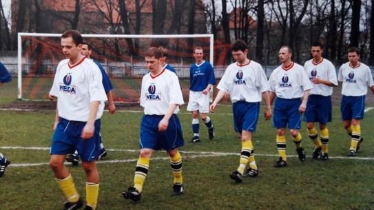 2002. Przed meczem ze Startem Nidzica.
