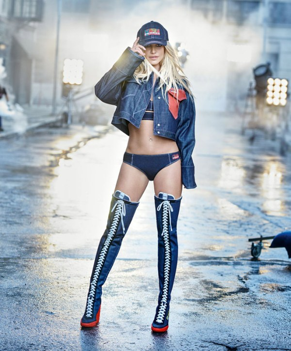 Kenzo Britney Spears MosnarCommunications 2