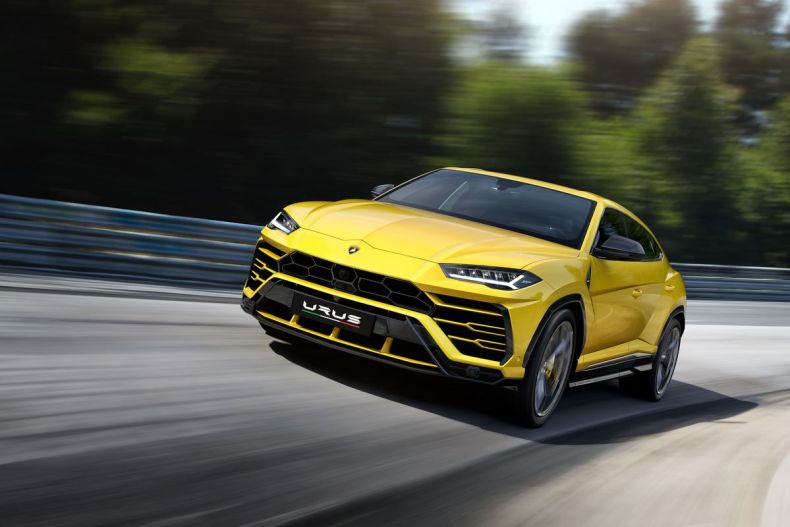 Lamborghini SUV Urus 2019 main Mosnar Communications