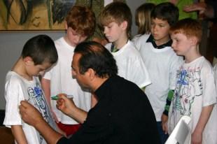 Yuroz with children