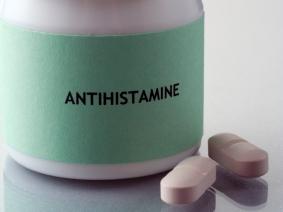 antihistamine-mosquito-bite-on-eyelid