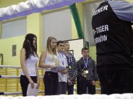Łukasz Tęcza (drugi z prawej)