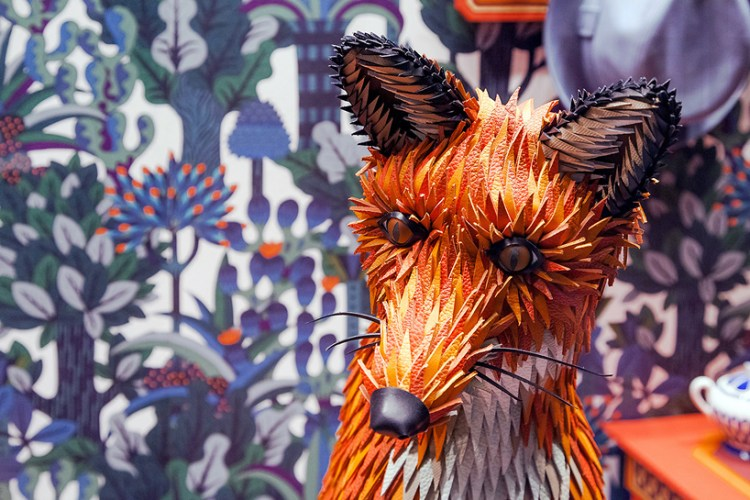 zim-zou-fox-den-window-hermes-barcelona-designboom-07