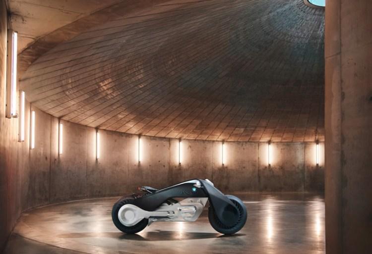 bmw-motorrad-vision-next-la-presentation-mossandfog02