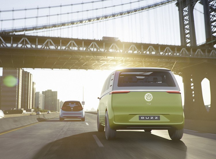 volkswagen-id-buzz-concept-self-driving-electric-campervan-moss-and-fog-4