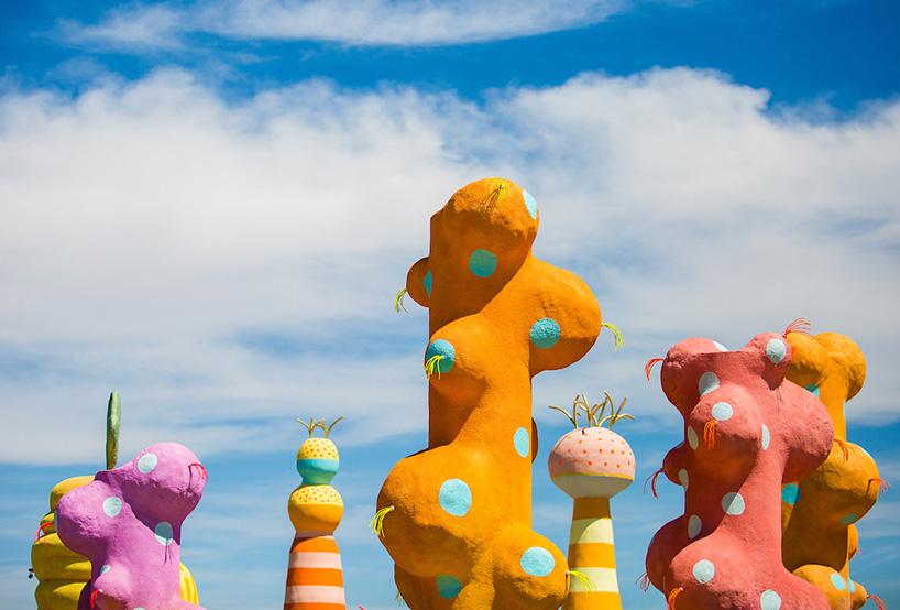 coachella-art-installations-moss-and-fog4