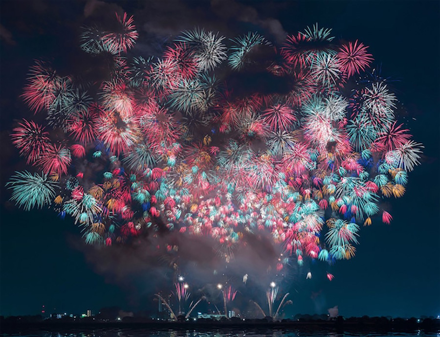 Stunning Fireworks Show in Japan  Moss and Fog