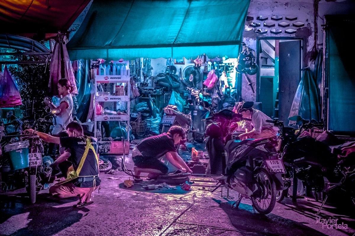neon bangkok moss and fog 3