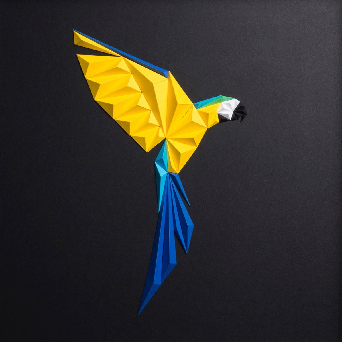 Paper Parrots and Other Folded Paper Art