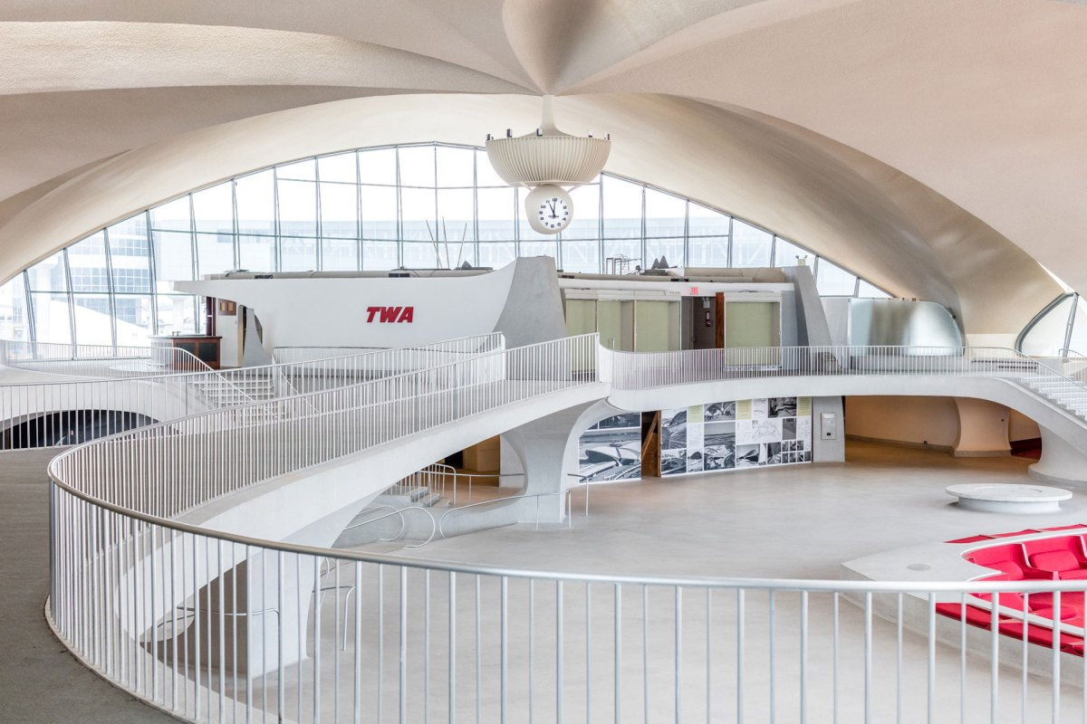 twa-hotel-moss and fog3