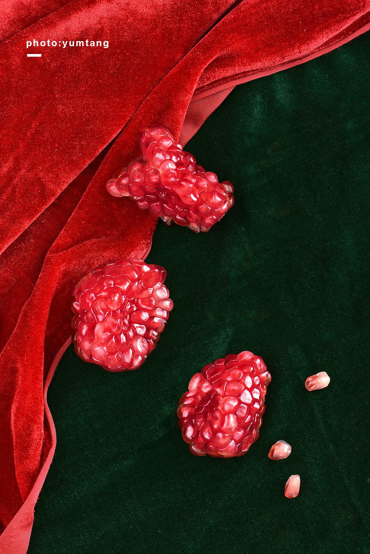 pomegranate-moss-and-fog-3