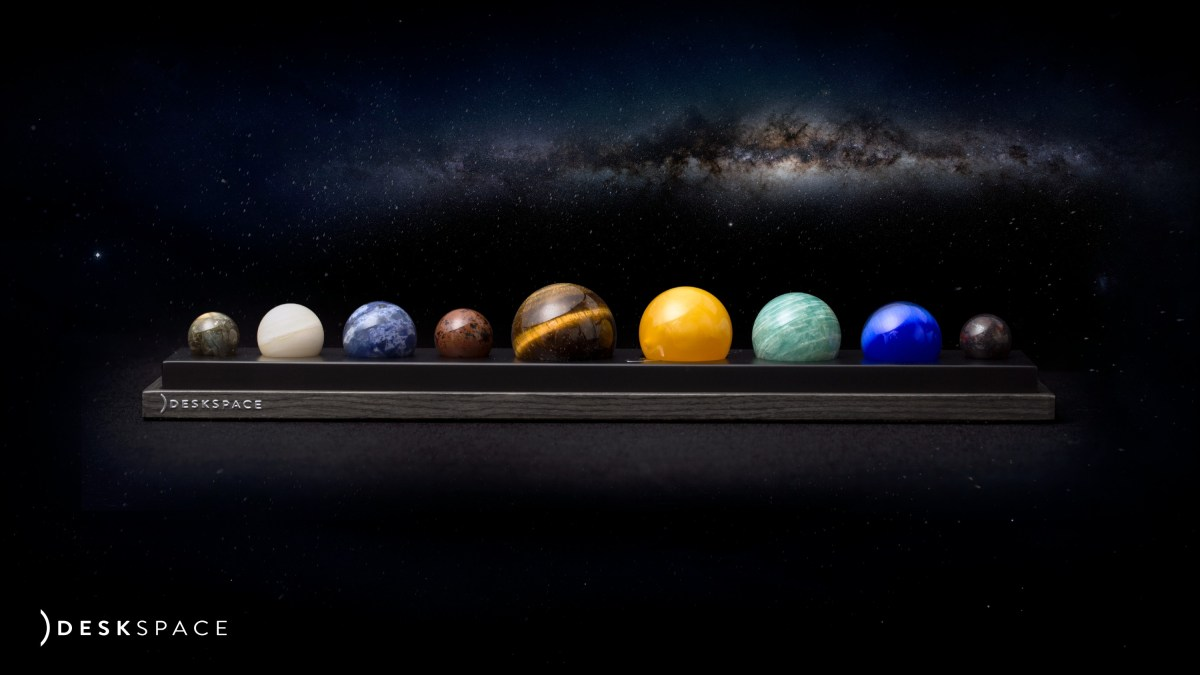 Deskspace Planets Brings the Solar System to Your Fingertips